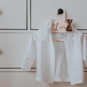 wieszak na chrzest, personalizowany wieszak na chrzest, dodatki na chrzest święty