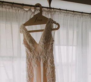 wieszak na suknie ślubną, wieszak mąż, wieszak żona