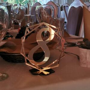 numery stołów z plexi lustro